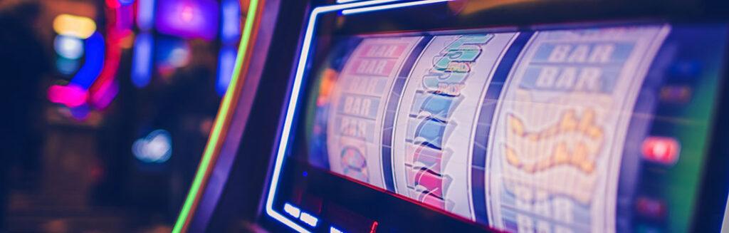 machine à sous 3 rouleaux dans un casino